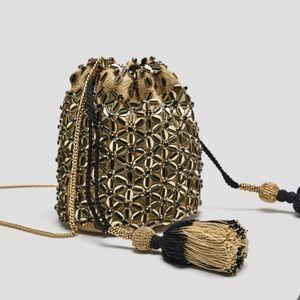 Zara • Beaded Bucket Bag Drawstring Floral